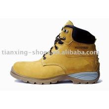 безопасность треккинговые ботинки