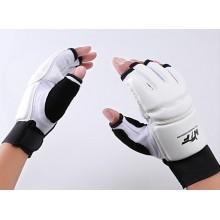 Перчатки для тхэквондо, каратэ и спорта