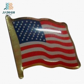 China Promotional Gift Printing Custom USA Flag Pin Badge in Metal Crafts
