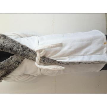 100%Polyester Fleece White Heavier Bathrobe