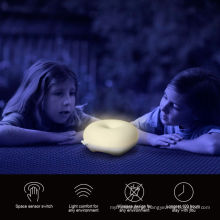 Adorável rosquinhas LED Crianças Night Light sensor de movimento Dimmer LED Light