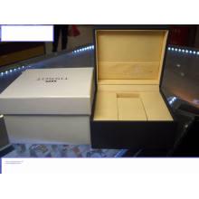 Caja de reloj de cartón barata con logo plateado
