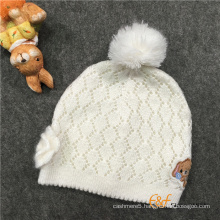 Scallop Design Pointelle Structure Hat