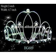 El desfile real corona las tiaras que casan la tiara de la corona nupcial de la tiara