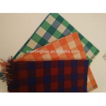 Home use decor sofa a xadrez coberto de lã macia e esponjosa