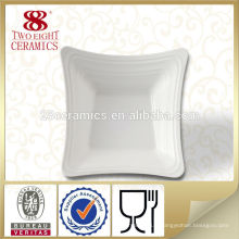 Céramique blanche pure en porcelaine en mélangeant des assiettes de fruits autre assiette et bol