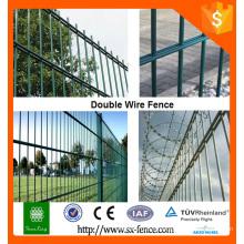Clôtures en treillis en mouton soudé, double clôture