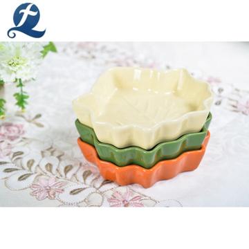 High Quality Restaurant Dinnerware Leaf Shaped Ceramic Dish Plate