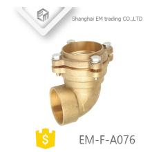 EM-F-A076 Latón radio corto codo tipo rosca macho rosca