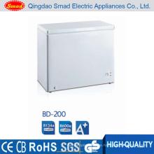 Congelador de cofre profundo con carga superior pequeña