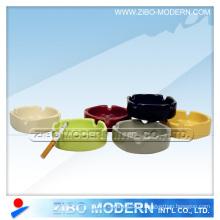 Cendrier carré en porcelaine en couleurs solides