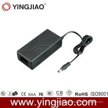 Adaptador de CC de 70 vatios con Ce UL