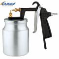 Portable  spray gun for paint