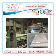 Linha expulsando da folha de mármore a rendimento elevado da máquina da folha do mármore do PVC / PVC que expõe a linha