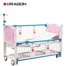 Cama deluxe ajustável dos desenhos animados do berço de bebê de DW-919A para hospitais