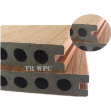 Supply Qualified WPC Co-Extruded Decking
