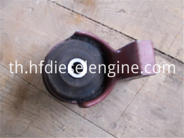 FL511 engine mounting 3