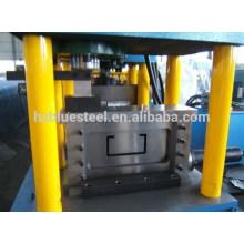 Máquina de moldagem de rolo de canal de aço U / (perfurado) Máquina formadora de rolo de perna de CU