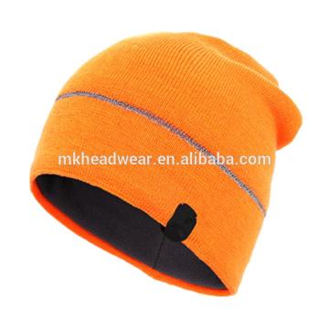 100% Acryl-Plain gestrickter reflektierender Beanie-Hut, Beanie-Hut mit reflektierenden Streifen