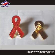 Forma de cinta personalizada Insignia de metal de color epoxi