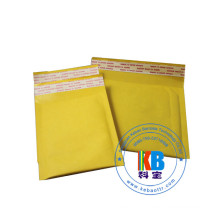 Kraft bubble mailers of packaging bags