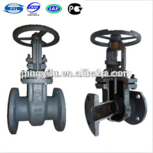 Cast steel PN16 rising stem brass gate valve handles in oil pipeline