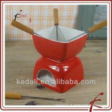 Pequeno, vermelho, cor, cerâmico, fondue, jogo, garfo