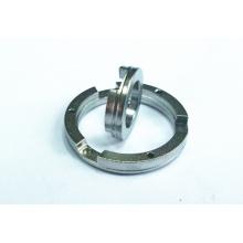 Tourner les attaches en laiton de usinage, joints en laiton, anneau d'acier inoxydable
