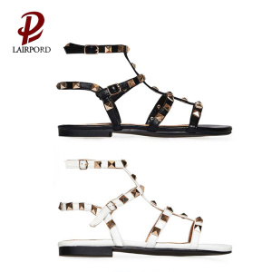 summer flat rivet sandals for cute girls