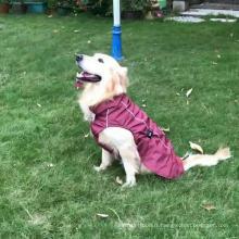 L'animal de compagnie imperméabilise la veste imperméable de chien de veste de chien imperméable