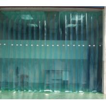 Cortina de PVC sob baixa temperatura