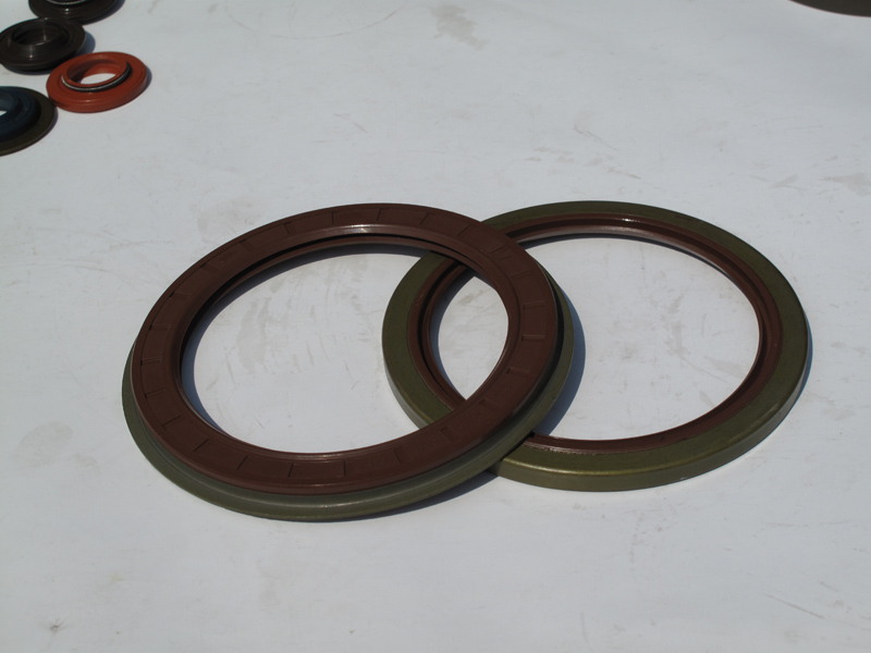 Commins Oil Seal