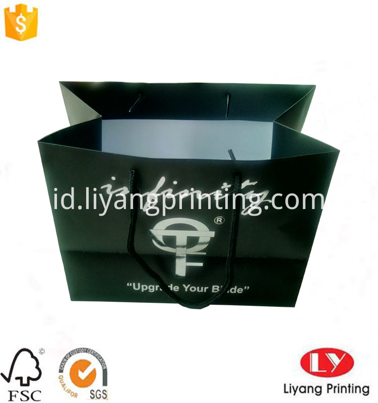 black paper shopping bag