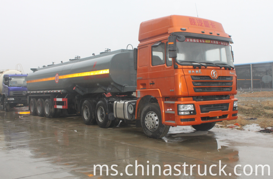 35CBM Sodium hydroxide solution tank semi-trailer