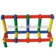 Desenvolver inteligência educacional tubo conectando blocos brinquedos