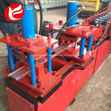 Machines de fabrication de cadres de portes en acier à portes roulantes
