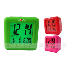 Calendário LCD portátil Silicon Digtal com funções de alarme e soneca (LC979)
