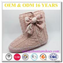 Arco tejido superior faux cordero revestimiento con zapato de gamuza barato no caliente deslizante zapatillas de interior para las mujeres