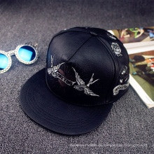 Fertigen Sie Leder Snapback Cap und Hüte