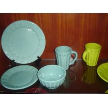 Посуда для керамической глазурованной посуды и чаша
