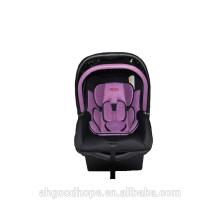 Modischer Baby-Autositz
