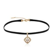 44051 Gros mode dames bijoux simple design en cuir collier ras de cou