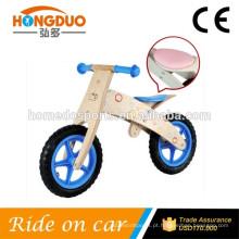Scooter scooter de madeira do bebê