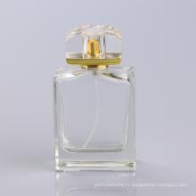Oem a offert des bouteilles de parfum réutilisables, bouteille de parfum de 100ml