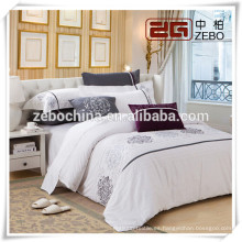 Tamaño Personalizado Disponible Llanura Embroideried Bedding Set