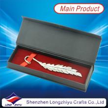 Marcador de plata personalizado Marcador de forma de hoja con caja de regalo de borla