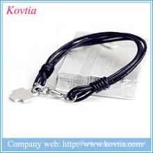 Multilayer schwarzes Leder Seil Armband Titan Stahl Kreuz Anhänger Armband