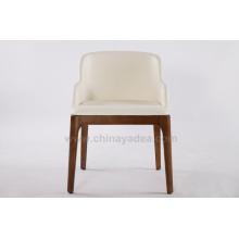 Chaise de salle à manger Grace en bois massif avec accoudoirs