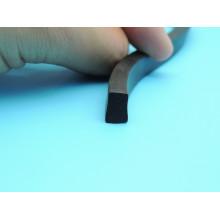 Sceau de silicone en mousse de qualité supérieure utilisé pour le caoutchouc léger Trafic