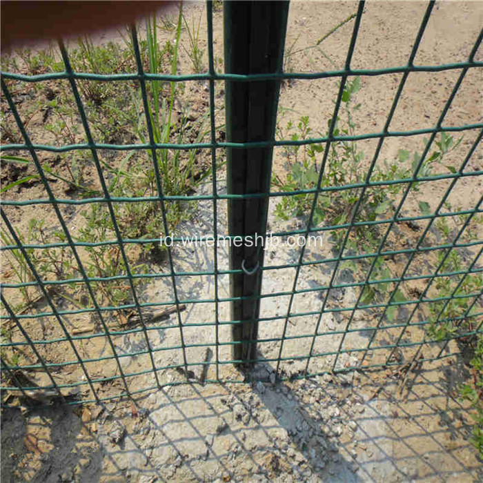 Green PVC Coated Galvanized Dilas Wire Mesh Pagar